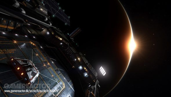 Elite: Dangerous, le Fleet Carrier protagoniste del nuovo trailer dalla Gamescom