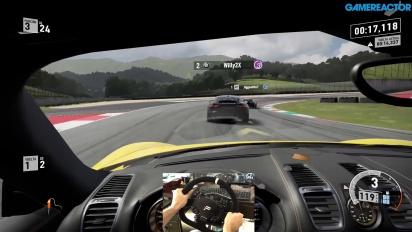 Forza Motorsport 7 - Il nostro gameplay su Porsche Cayman al Mugello con volante